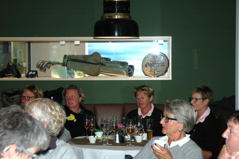 AK-30-Damen-Heimspiel_37